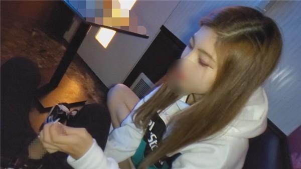[FC2_PPV-1239621] 【顔出し・無修正】夢のために上京したスレンダー巨乳の女の子に連続中出し(72分)