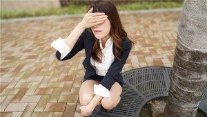[10musume-070420_01] 天然むすめ 070420_01 いつもオフィスで卑猥な行動をするOL社員に注意をするはずだった部長も… 長谷川えり