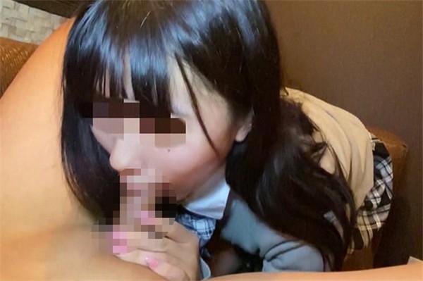 FC2 PPV 1579990 - [FC2_PPV-1579990]  【初撮り・顔射】本数限定6000pt→3000pt今回も若い子なので、多くは語れませんが、可愛いお顔に大量の精液をぶちまけました。